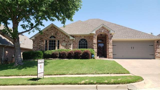 4013 Bedington Lane, Fort Worth, TX 76244 (MLS #14357234) :: The Kimberly Davis Group