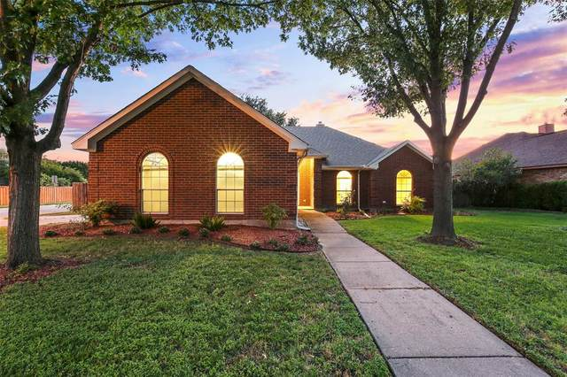 2102 Garner Court, Rowlett, TX 75088 (MLS #14357362) :: Tenesha Lusk Realty Group