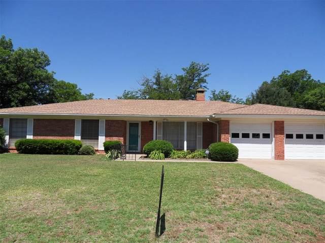 1902 Delwood Drive, Abilene, TX 79603 (MLS #14357390) :: Team Hodnett