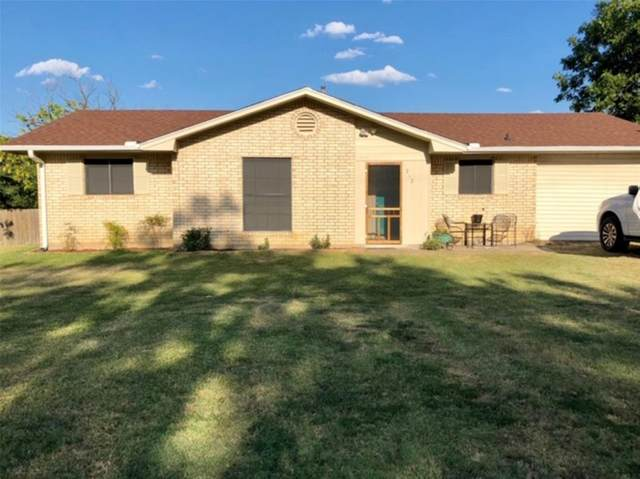 212 S Avenue C, Wortham, TX 76693 (MLS #14357399) :: The Chad Smith Team