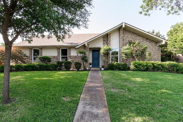 2010 Yvonne Place, Richardson, TX 75081 (MLS #14357488) :: Tenesha Lusk Realty Group