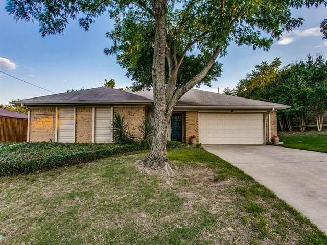 741 Spring Valley Drive, Hurst, TX 76054 (MLS #14357582) :: The Chad Smith Team