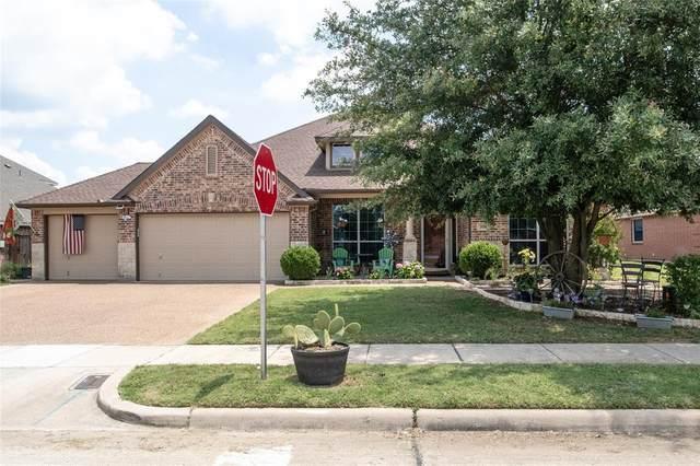 310 Hardeman Boulevard, Justin, TX 76247 (MLS #14357656) :: The Chad Smith Team