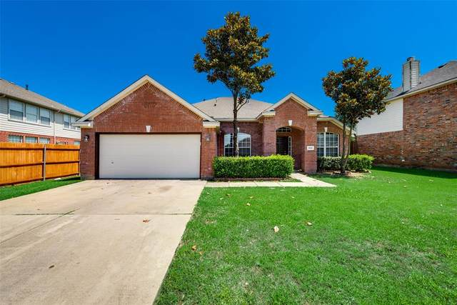 1806 Walnut Hills Lane, Mansfield, TX 76063 (MLS #14357771) :: Tenesha Lusk Realty Group