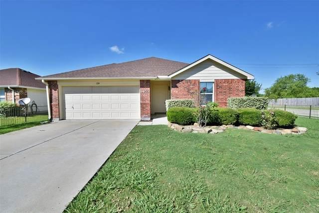 224 Meadowcrest Drive, Terrell, TX 75160 (MLS #14357779) :: Tenesha Lusk Realty Group