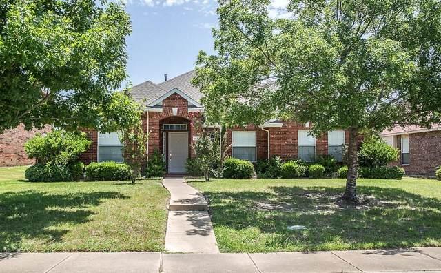 4526 Southampton Boulevard, Garland, TX 75043 (MLS #14358014) :: The Kimberly Davis Group