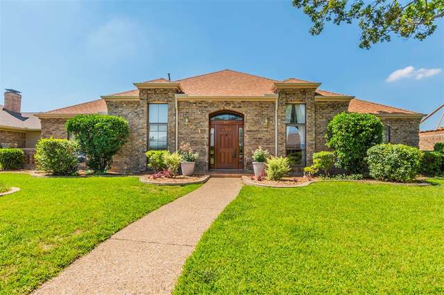 616 Sheffield Drive, Richardson, TX 75081 (MLS #14358042) :: Tenesha Lusk Realty Group