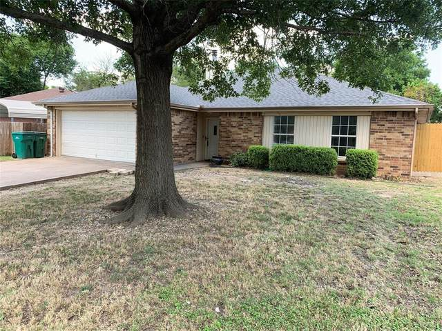 731 Lisa Lane, Cedar Hill, TX 75104 (MLS #14358119) :: RE/MAX Pinnacle Group REALTORS