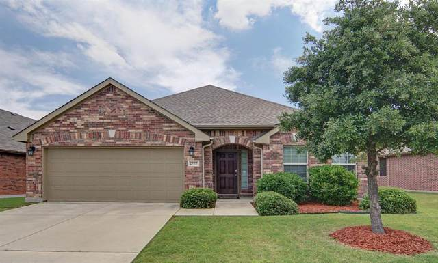 2777 Waterfall Lane, Little Elm, TX 75068 (MLS #14358364) :: The Kimberly Davis Group