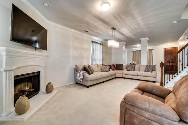 1641 Kawati Way, Krum, TX 76249 (MLS #14358372) :: Trinity Premier Properties