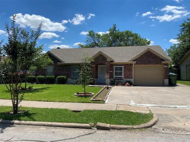 5318 Robin Road, Garland, TX 75043 (MLS #14358468) :: The Kimberly Davis Group
