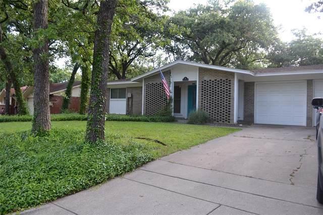 48 Coffee Tavern Road, Bedford, TX 76022 (MLS #14358475) :: The Chad Smith Team