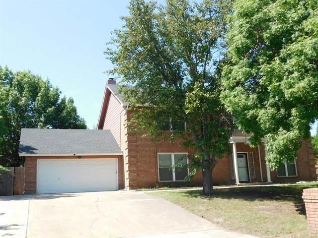 10313 Gray Oak Lane, Fort Worth, TX 76108 (MLS #14358503) :: Tenesha Lusk Realty Group