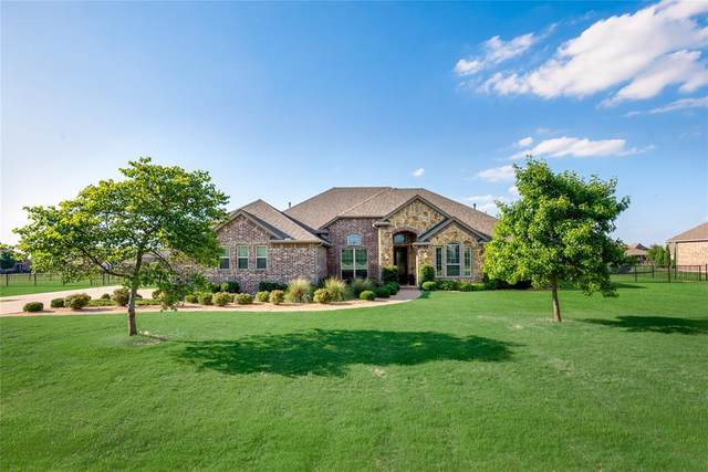 1900 Tapadero, Celina, TX 75009 (MLS #14358603) :: Tenesha Lusk Realty Group