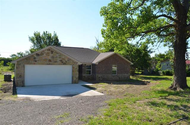 213 Beavers Drive, Sherman, TX 75092 (MLS #14358628) :: Team Tiller