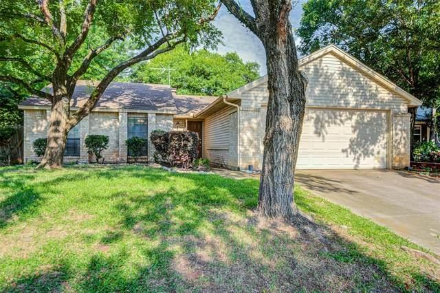 2605 Underwood Lane, Euless, TX 76039 (MLS #14358629) :: RE/MAX Pinnacle Group REALTORS