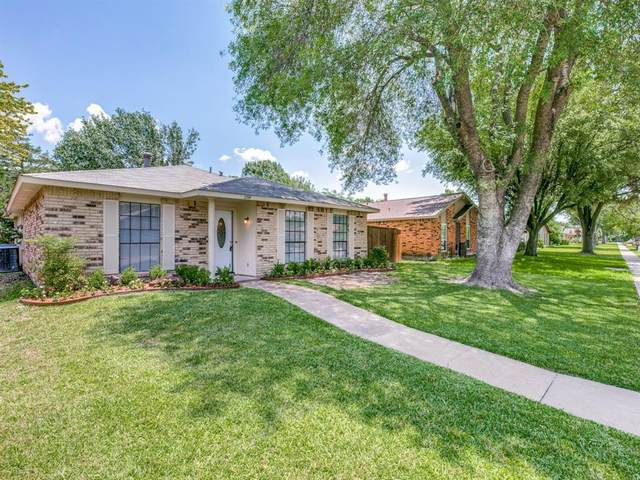 2714 Roman Way, Garland, TX 75040 (MLS #14358760) :: The Good Home Team
