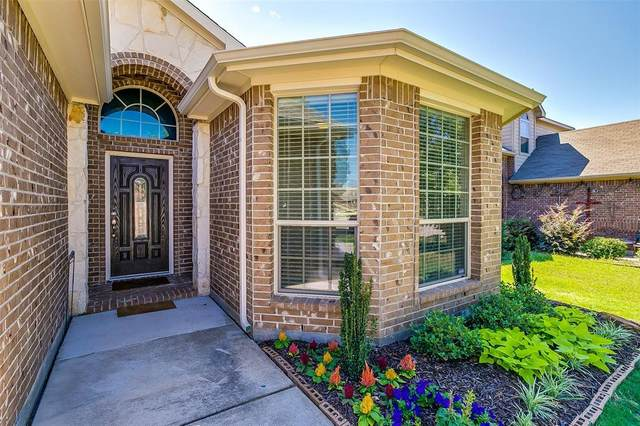2205 Whitney Drive, Weatherford, TX 76087 (MLS #14359294) :: Ann Carr Real Estate