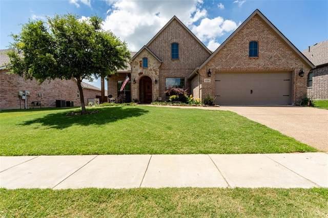 1720 Crescent Oak Street, Wylie, TX 75098 (MLS #14359629) :: Team Tiller