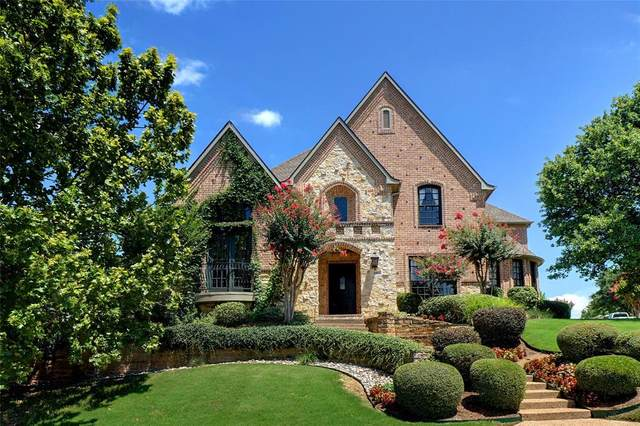 3103 Whispering Oaks Drive, Highland Village, TX 75077 (MLS #14359984) :: Tenesha Lusk Realty Group