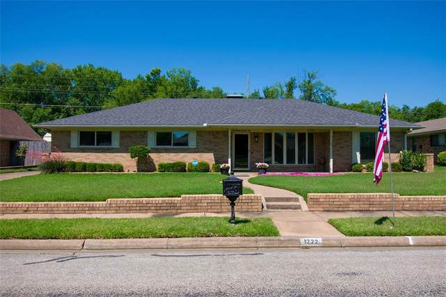 1722 Archer Drive, Sherman, TX 75092 (MLS #14360298) :: The Daniel Team