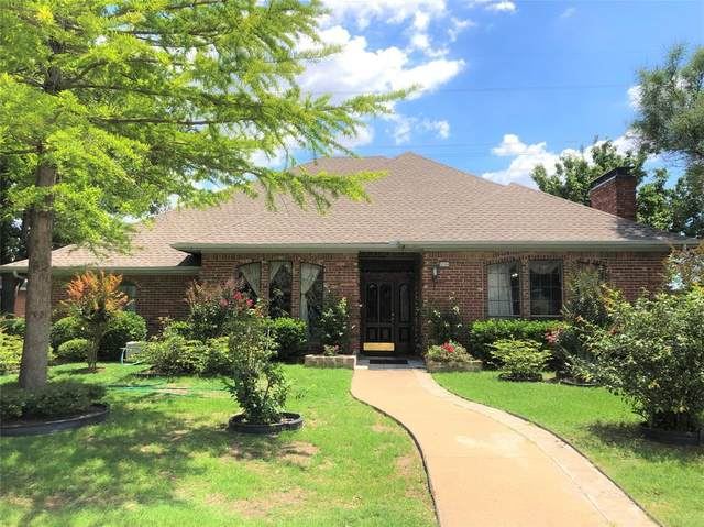 2104 Apple Valley Road, Plano, TX 75023 (MLS #14360518) :: The Mitchell Group