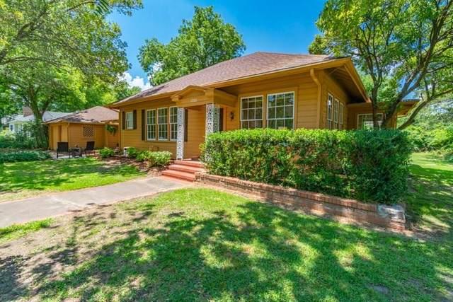 1702 Bonham Street, Commerce, TX 75428 (MLS #14360716) :: The Hornburg Real Estate Group