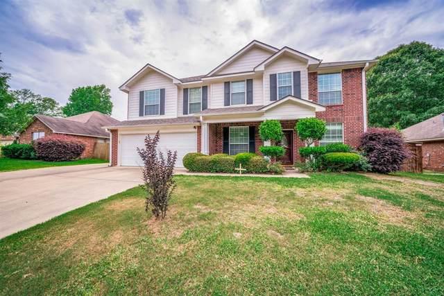 9217 Stonebank Crossing, Tyler, TX 75703 (MLS #14361090) :: RE/MAX Pinnacle Group REALTORS