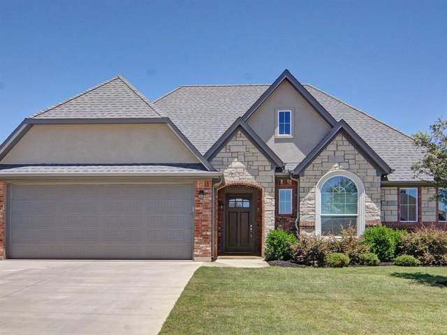 429 Blue Star Court, Burleson, TX 76028 (MLS #14361307) :: The Mitchell Group