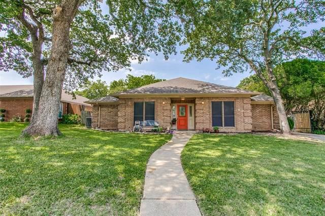 7601 Woodhaven Drive, North Richland Hills, TX 76182 (MLS #14363662) :: RE/MAX Landmark