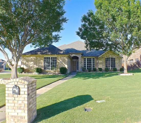 3020 Saint Jude Drive, Mansfield, TX 76063 (MLS #14363780) :: Tenesha Lusk Realty Group