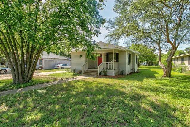 215 Poindexter Avenue, Cleburne, TX 76033 (MLS #14364375) :: Robbins Real Estate Group