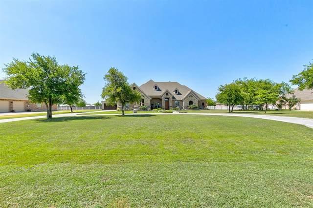 14000 Stacey Valley Drive, Azle, TX 76020 (MLS #14364542) :: Tenesha Lusk Realty Group