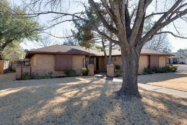 1131 Laguna Vista Way, Grapevine, TX 76051 (MLS #14364702) :: Baldree Home Team