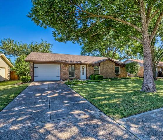 1821 Overglen Drive, Plano, TX 75074 (MLS #14365038) :: Robbins Real Estate Group