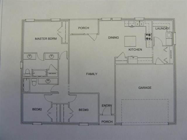 219 Pecan Street, Alvord, TX 76426 (MLS #14365349) :: Frankie Arthur Real Estate