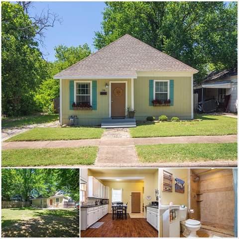 1316 E Pulaski Street, Fort Worth, TX 76104 (MLS #14365931) :: The Chad Smith Team