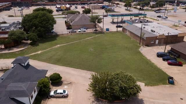 110 S Cedar Ridge Drive, Duncanville, TX 75116 (MLS #14366229) :: The Heyl Group at Keller Williams