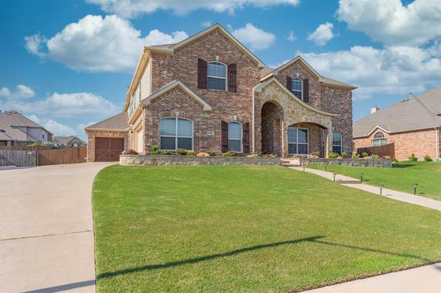 1156 River Rock Drive, Kennedale, TX 76060 (MLS #14366277) :: Team Tiller