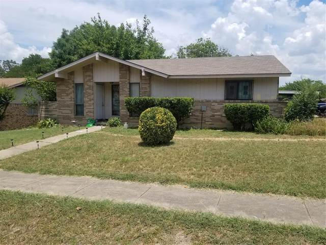 1212 Oak Creek Drive, Hutchins, TX 75141 (MLS #14366799) :: NewHomePrograms.com LLC