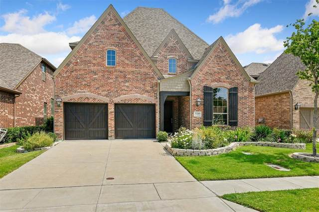 3209 Balcones Drive, Irving, TX 75063 (MLS #14367784) :: The Heyl Group at Keller Williams