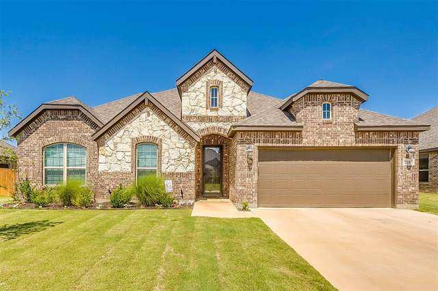 728 Waterford Way, Joshua, TX 76058 (MLS #14368355) :: Potts Realty Group