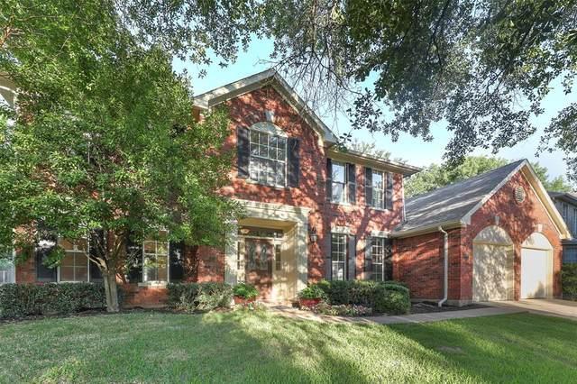 1092 W Winding Creek Drive, Grapevine, TX 76051 (MLS #14368752) :: Team Tiller