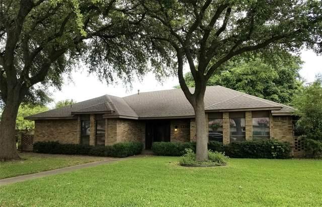 13103 Harkness Drive, Dallas, TX 75243 (MLS #14369031) :: Justin Bassett Realty