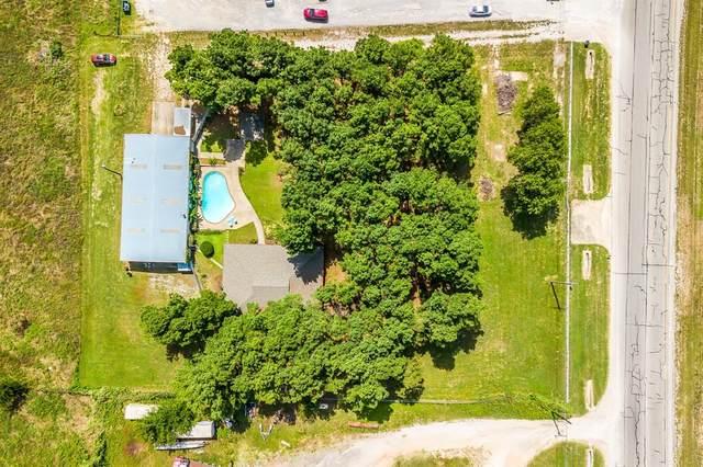 3433 E Highway 199, Springtown, TX 76082 (MLS #14369812) :: Trinity Premier Properties
