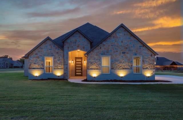 160 Lavender Lane, Springtown, TX 76082 (MLS #14370210) :: NewHomePrograms.com LLC