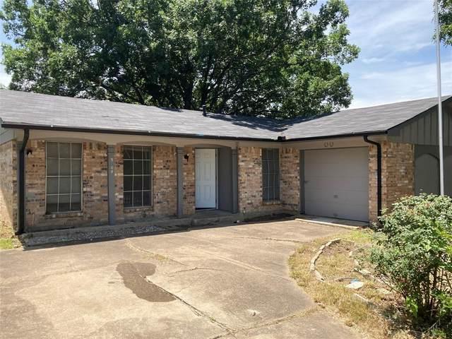 9808 Bluffcreek Drive, Dallas, TX 75227 (MLS #14370233) :: Tenesha Lusk Realty Group
