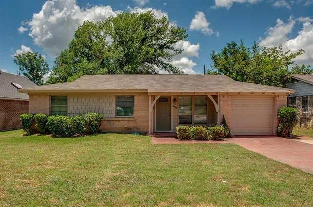 8955 Boundbrook Avenue, Dallas, TX 75243 (MLS #14370935) :: Robbins Real Estate Group
