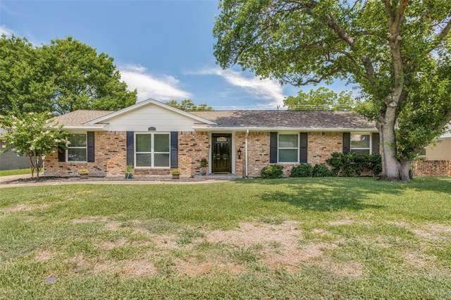 3311 Townsend Drive, Dallas, TX 75229 (MLS #14371953) :: Trinity Premier Properties
