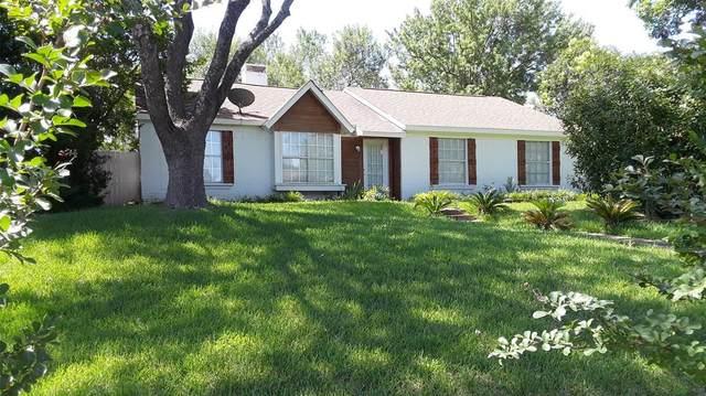 1308 Ross Lane, Seagoville, TX 75159 (MLS #14372048) :: The Heyl Group at Keller Williams